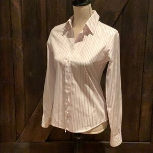 Banana Republic non-iron fitted top